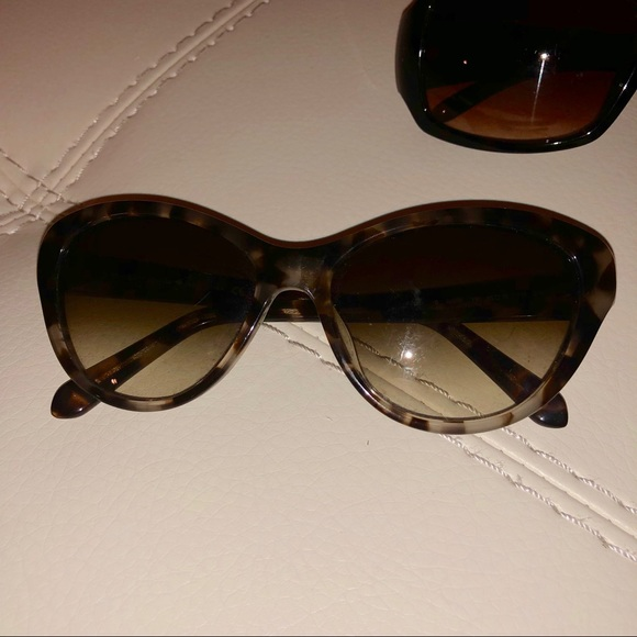 Accessories - FREE IN BUNDLE Cat Eye Sunglasses